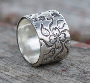 Flower Silver Wedding Band