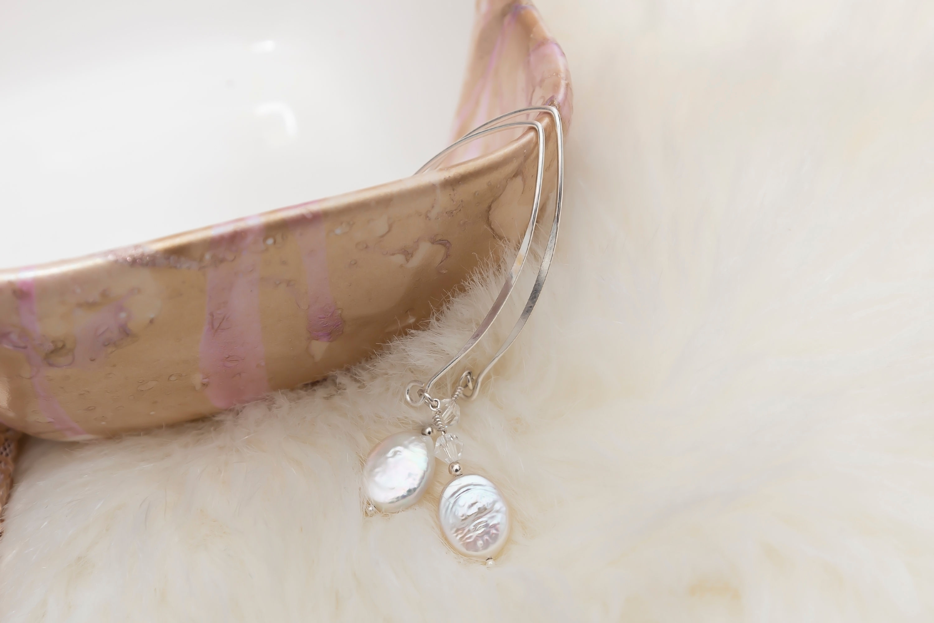 Coin Cultivated White Pearl Sterling Silver Threader Earring